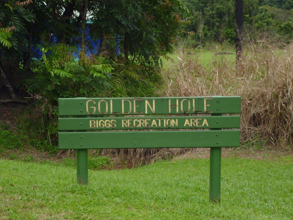 Golden-Hole-1